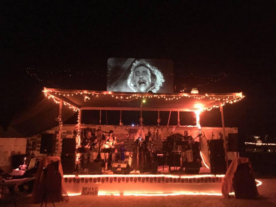 superblonde-at-desert-holloween-rock-festival